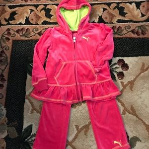 PUMA VELOUR OUTFIT